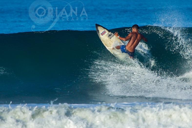 Surfing-Guiones-Nosara-photos