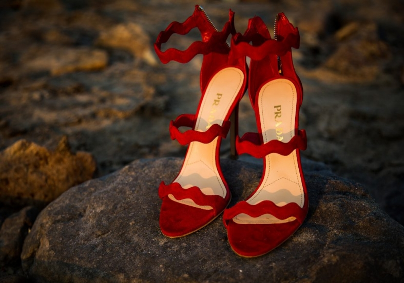 prada-shoes-beach_wedding-12